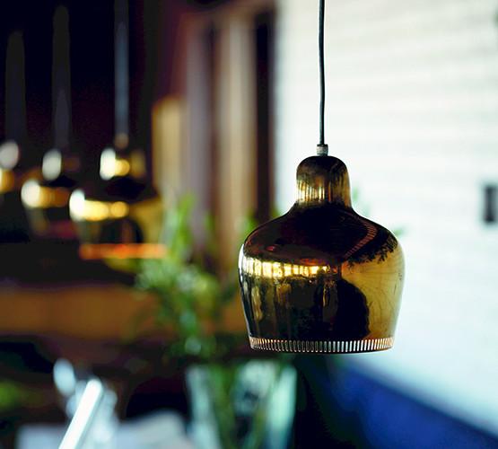 a330s-golden-bell-pendant_05