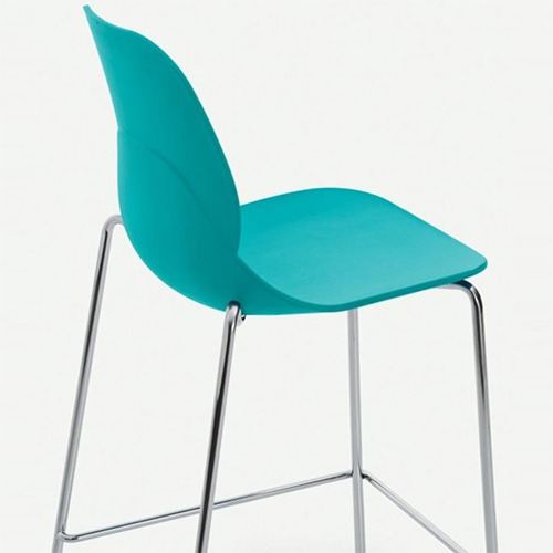 april-stool_02