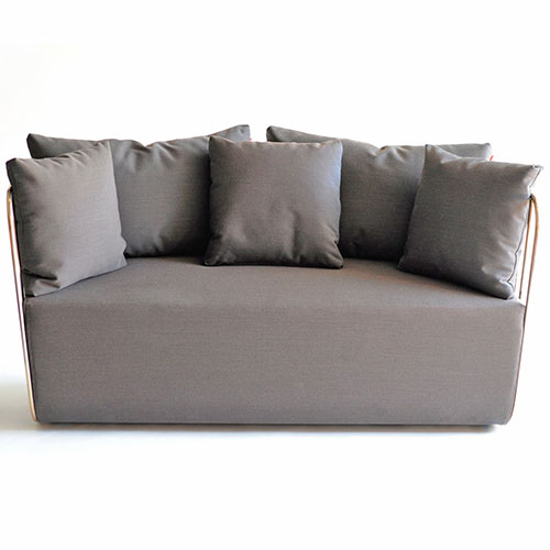 bv-loveseat_02