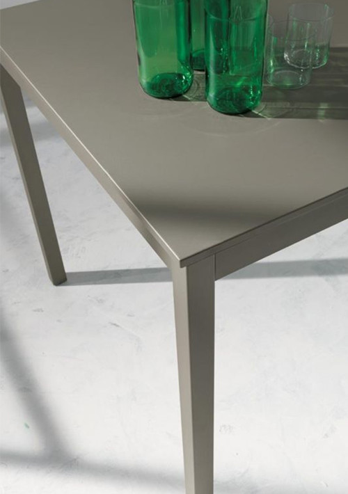 diesis-table_02
