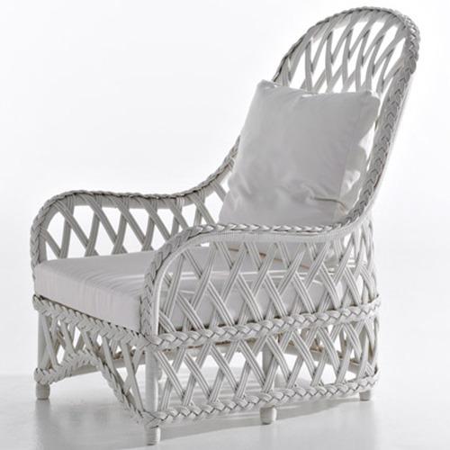 embassy-armchair_f