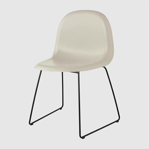 gubi-3d-sled-base-unupholstered-chair_12