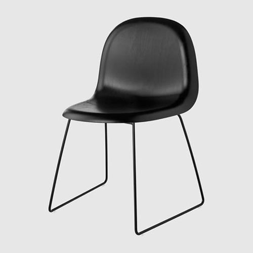 gubi-3d-sled-base-unupholstered-chair_19