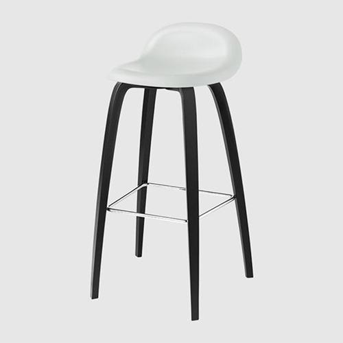 gubi-3d-wood-leg-stool_15