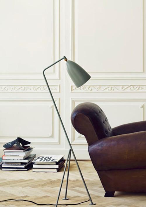 gubi-grashoppa-floor-lamp_01