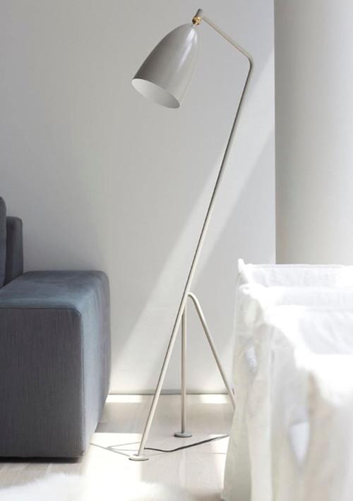 gubi-grashoppa-floor-lamp_05