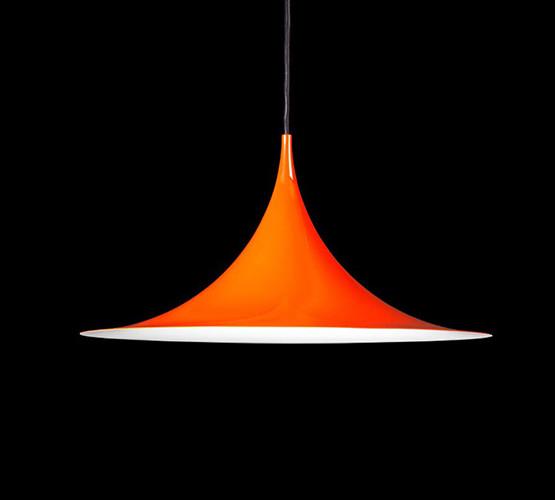 gubi-semi-pendant-light_01