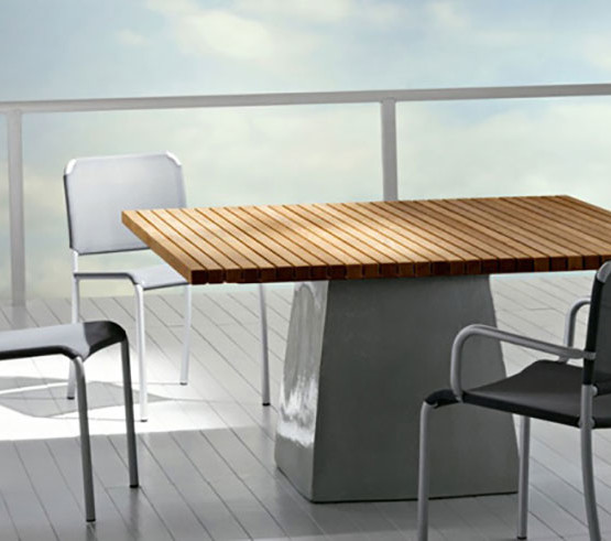 inout-table-central-base_05