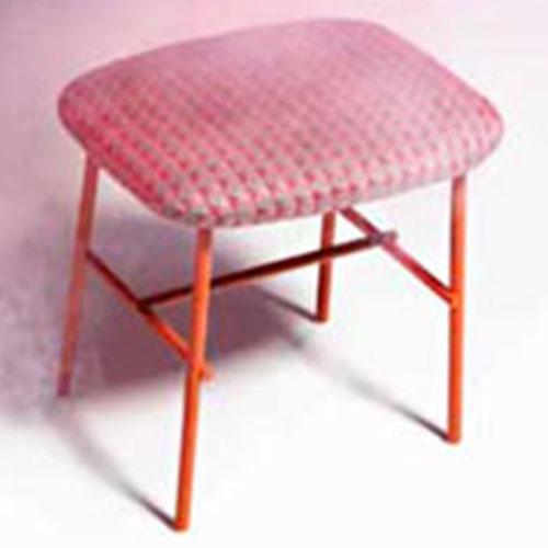 kelly-s-stool_01