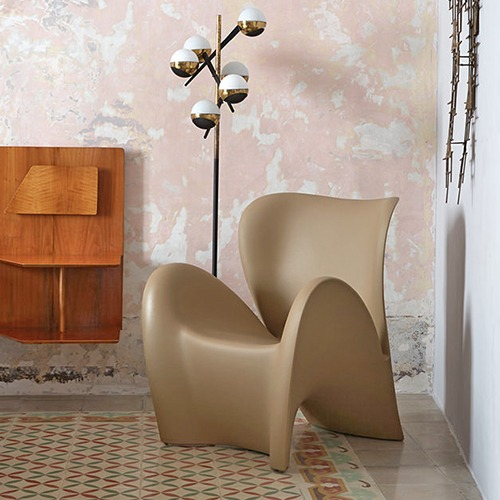 lilly-armchair_01