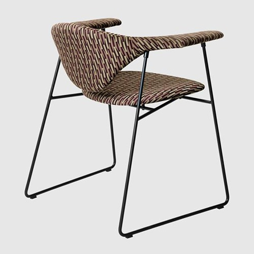 masculo-sled-base-chair_01