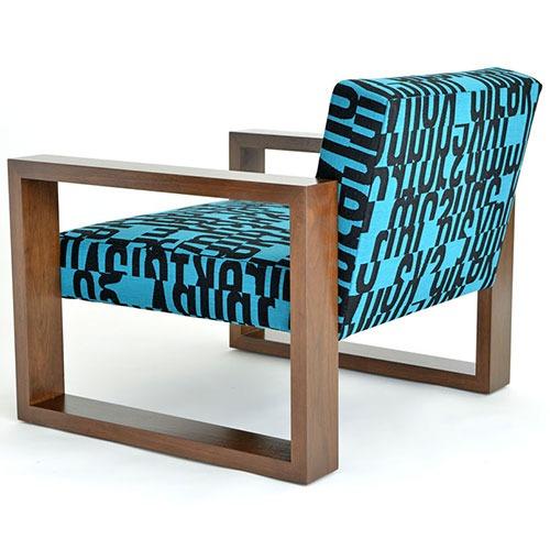 pose-armchair-ottoman_01