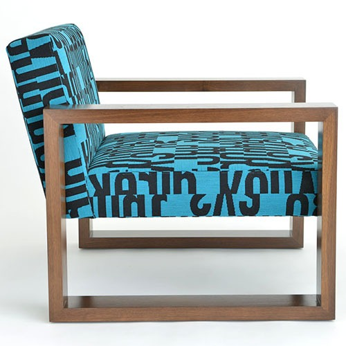 pose-armchair-ottoman_02