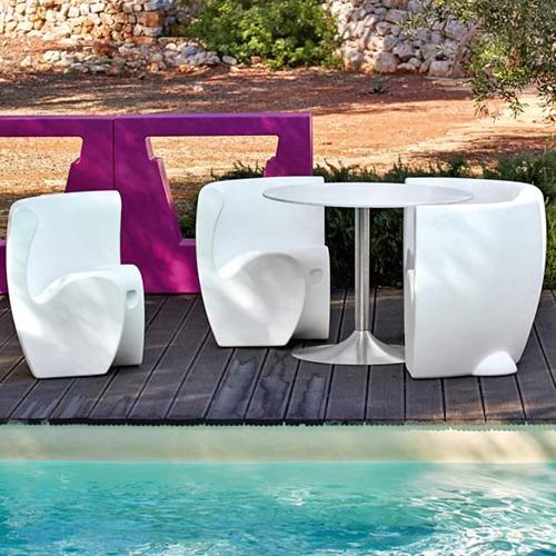 rhonda-chair-outdoor_01
