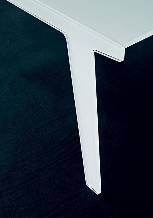 faint-table_03