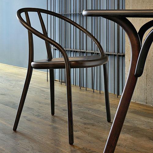 gustav-chair_01
