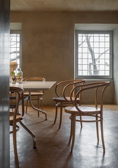 wiener-stuhl-perforated-chair_03