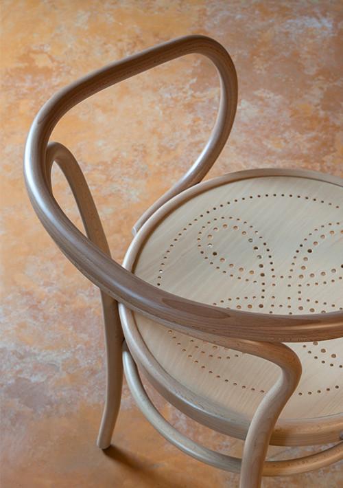 wiener-stuhl-perforated-chair_04