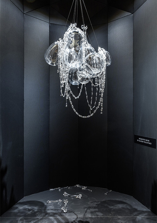 the-momento-mori-chandelier_03