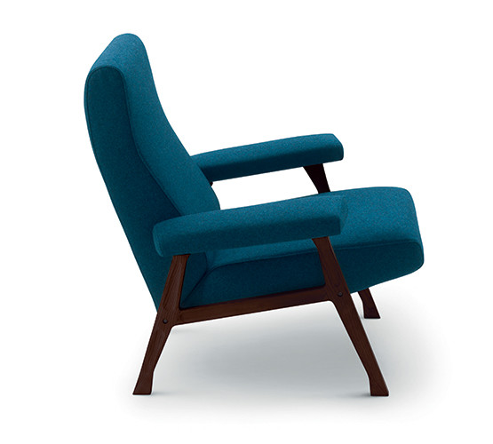 hall-armchair_01