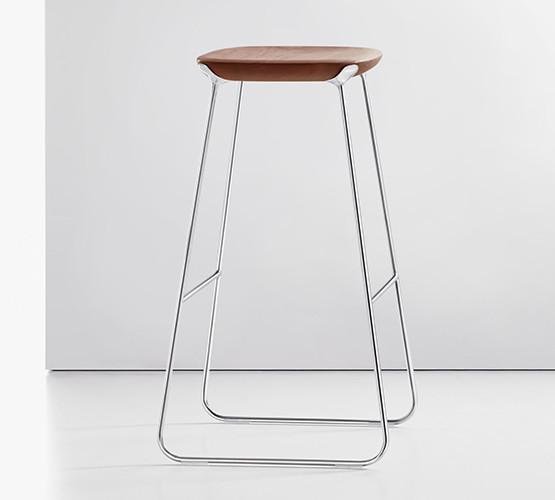 laine-stool_01