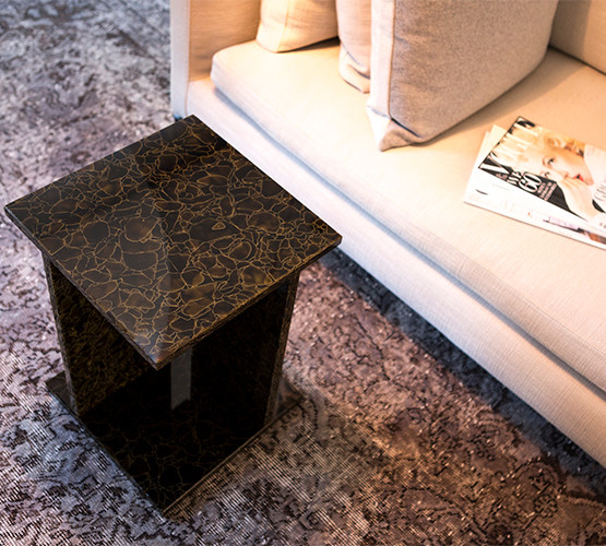 font-high-side-table_02
