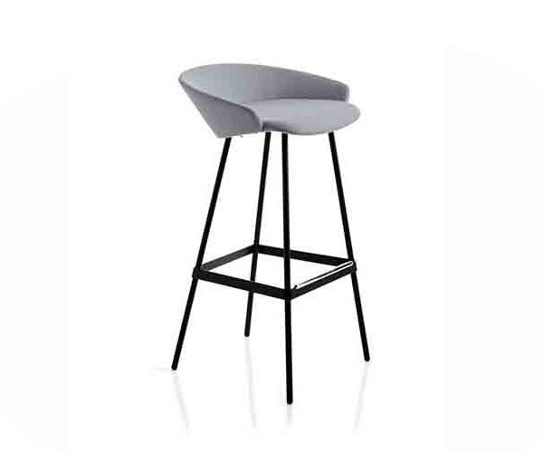 karl-stool_02