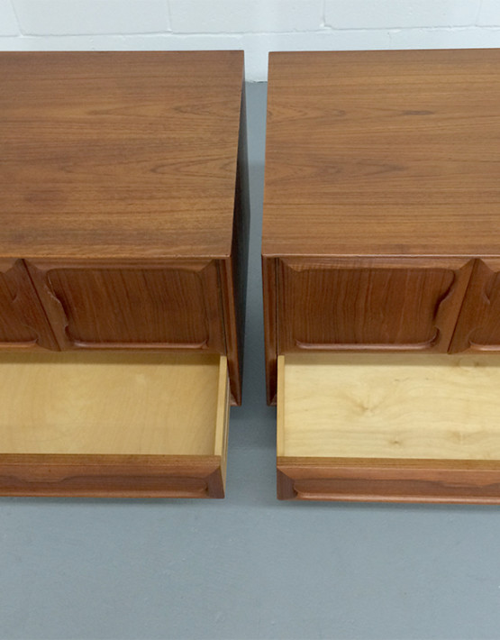 norwegian-mid-century-nightstands_05