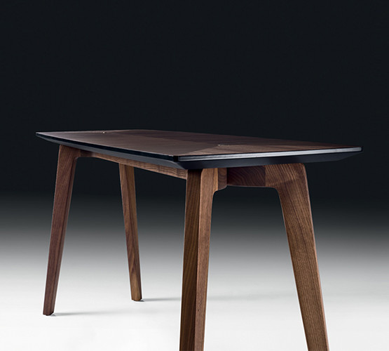 tommi-console-table