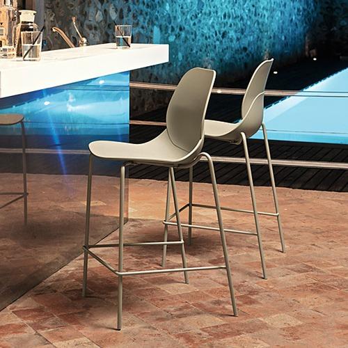 april-outdoor-stool_03