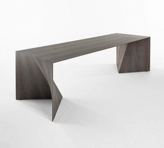 iperbole-table_01