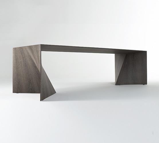 iperbole-table_02