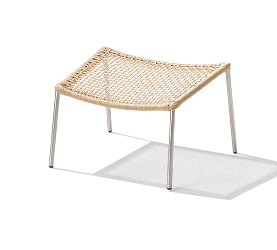 straw-round-weave-footstool