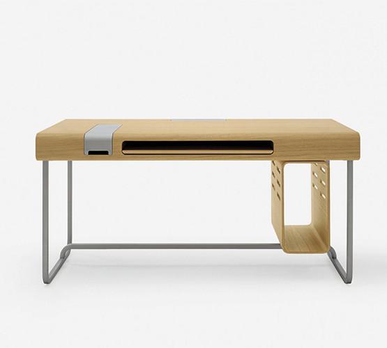 vuvuvu-desk
