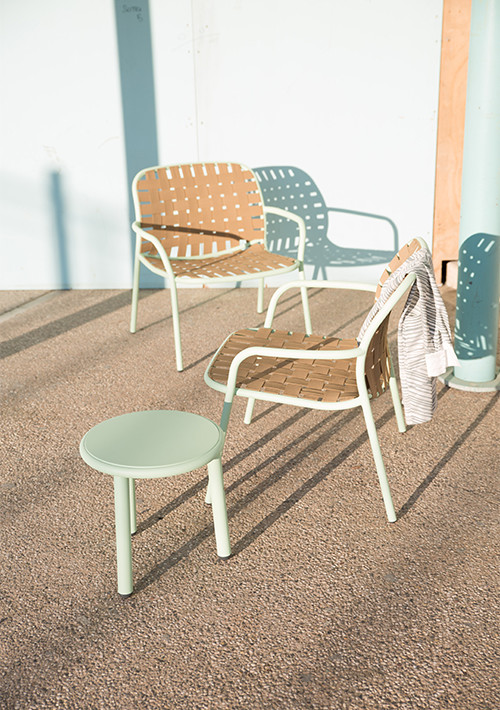 yard-coffee-and-side-table_10