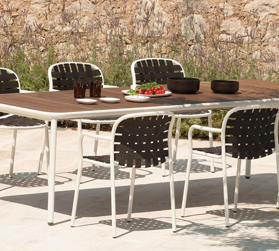 yard-dining-table_07