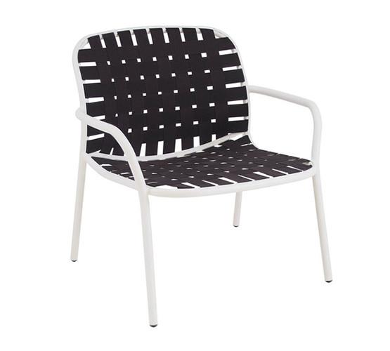 yard-lounge-chair