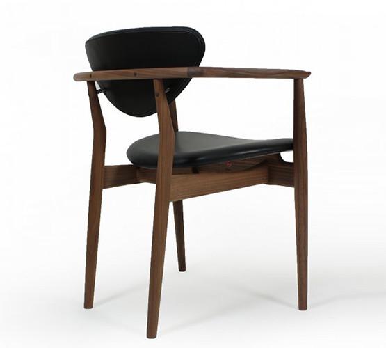 109-chair_01
