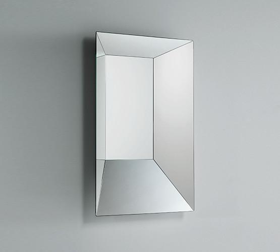leon-battista-mirror
