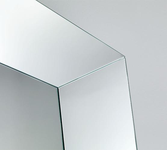 leon-battista-mirror_01