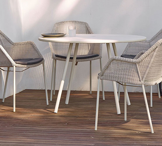 breeze-dining-chair-4-legs_09