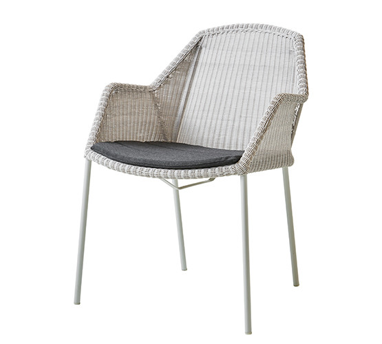breeze-dining-chair-with-4-legs_02