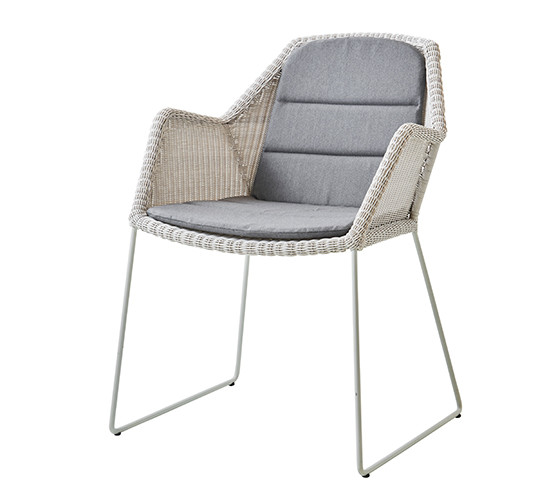 breeze-dining-chair-with-sled-base_02