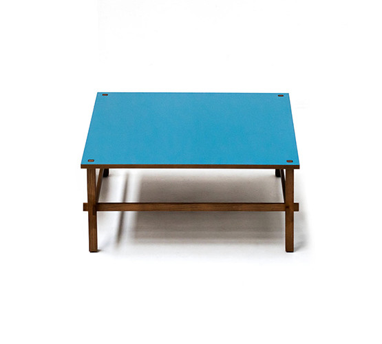 gio-coffee-table