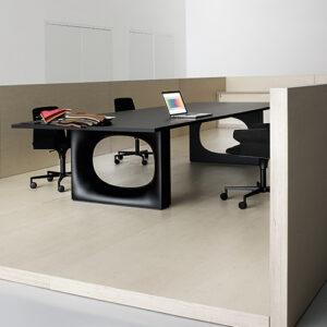 holo-double-table