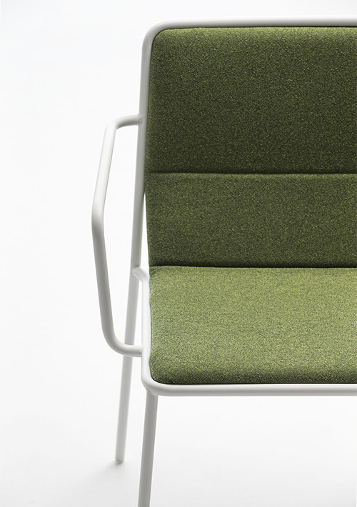tres-chair_03