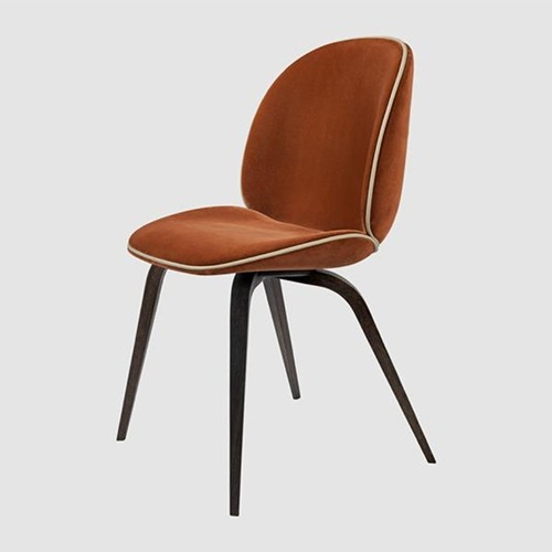 beetle-chair-with-wooden-legs_05