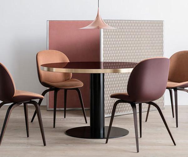 beetle-hirek-chair-wooden-legs_33