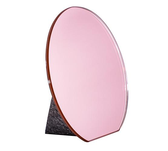 dita+olivia-mirror_05