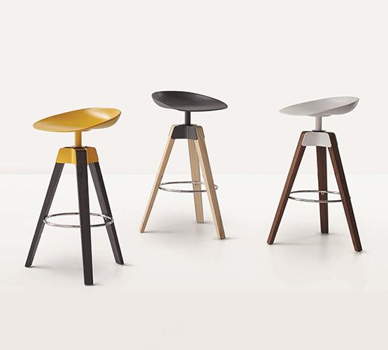 plumage-stool_01